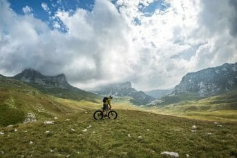 Biking on Kosanica road