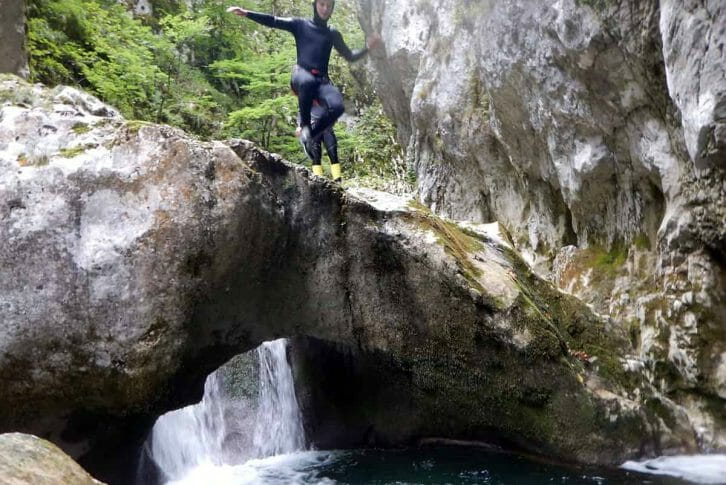 11A man prepare for jumping in the water, Nevidio Canyon