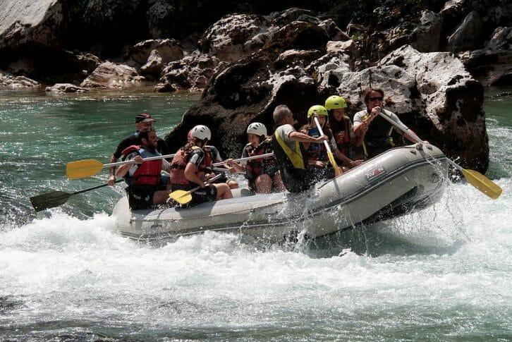 11Happy rafting group, Tara River
