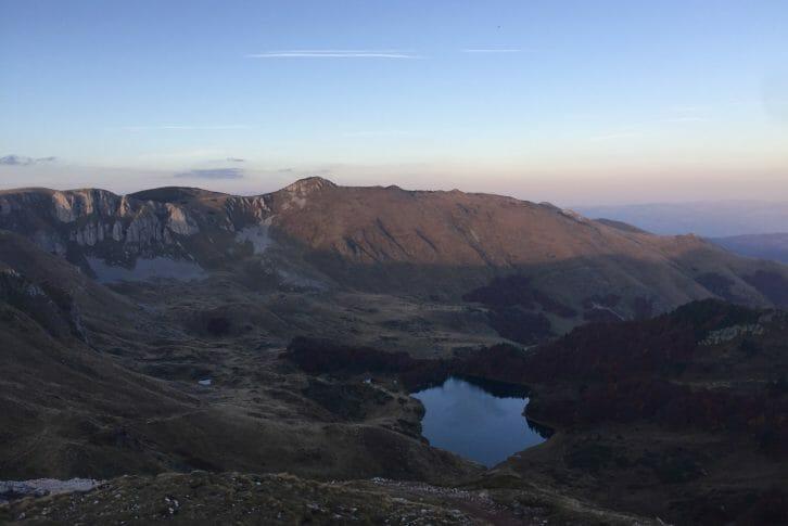 11Bjelasica-view-to-Pesica-Lake-from-Zekova-Glava-peak-in-sunset