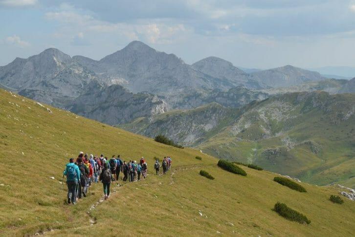 11Hiking group go on the slopes -Montenegro