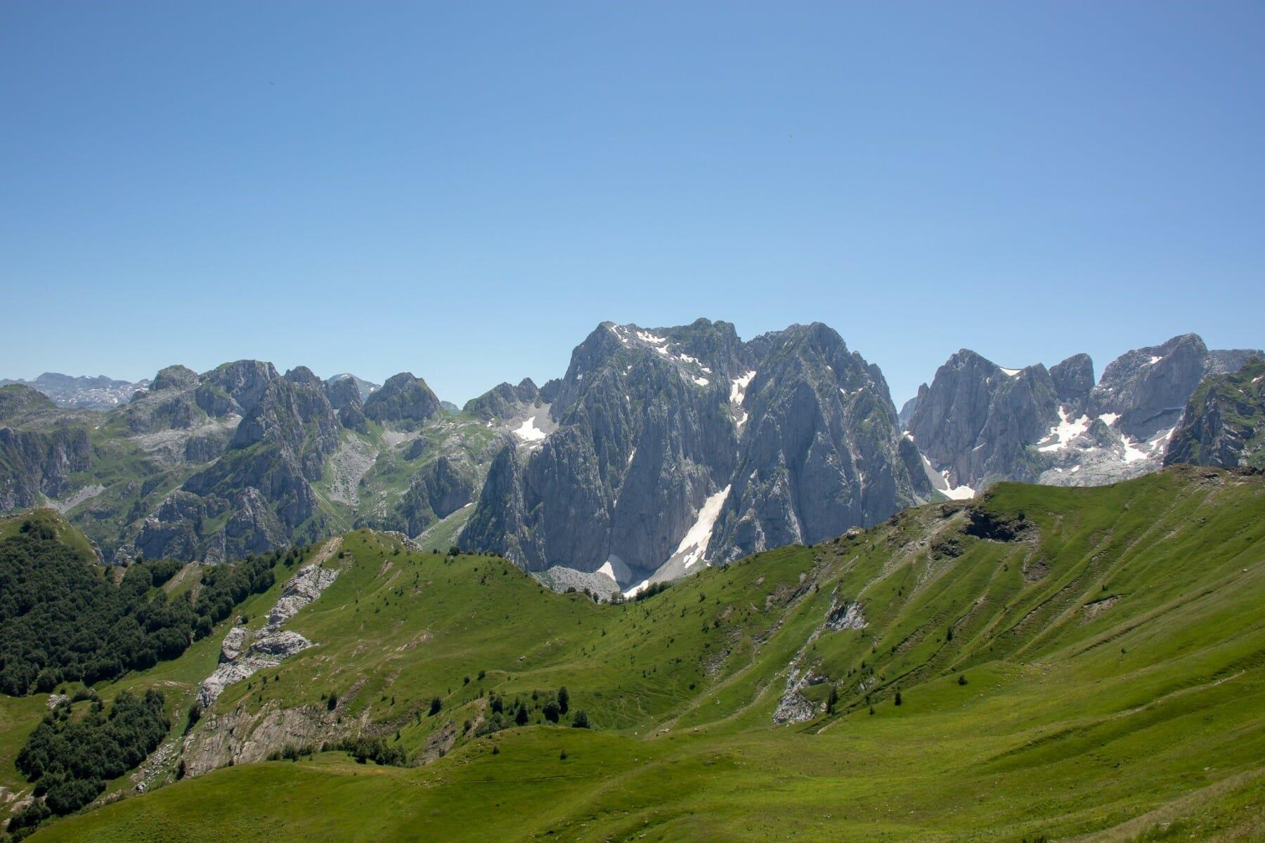 Prokletije-high-peaks-green-meadows